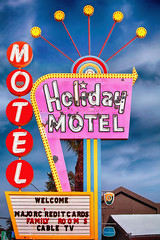Holiday Motel (Ian Sane) Tags: ian sane images holidaymotel las vegas strip old motel retro neon sign one star rating nevada canon eos 5ds r camera ef70200mm f28l is usm lens
