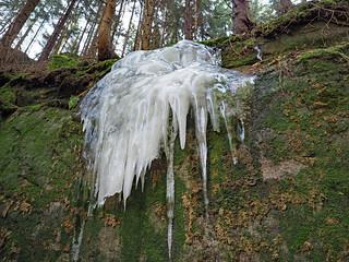 Geforener Wasserfall I