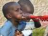 El pequeño Amstrong (Franco D´Albao) Tags: francodalbao dalbao fujifilmfinepixhs50exr niño child boy retrato portrait trompeta trumpet música músico musician music soplando blowing