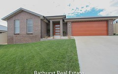 76 Graham Drive, Kelso NSW