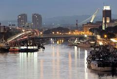 Pescara, di mare e di pescatori. Abruzzo. (claudia aquarius) Tags: pescara abruzzo porto canale barche ponti fiume