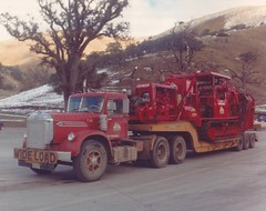 Diamond T and snow? (PAcarhauler) Tags: truck semi tractor trailer kw grapeville