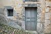 Infiesto - old house on the hill / casa vieja en la cuesta (Roger S 09) Tags: anticando piloña infiesto asturias casa abandono wall door window pared puerta ventana