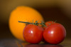 Petzval bokeh.... (Capturedbyhunter) Tags: fernando caçador marques fajarda coruche ribatejo santarém portugal pentax k5 35kp f118 118 18 f18 140mm 140 petzval bokeh tomate laranja manual focus focagem foco