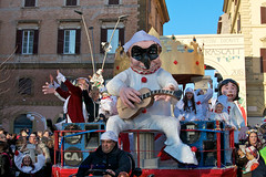 IMG_0652 Carnevale Frascatano 2018 (e-mail simatduemila@gmail.com) Tags: vingentile vin gentilecarnevalefrascatano frascati carnevaletuscolano carridicarnevale roma lazio carnevaledeicastelliromani