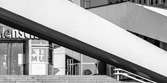 memu (bilderkombinat berlin) Tags: ⨀2018 berlin eu concrete door entry stairs germany mitte bw europa pavillon deutschland europe ostalgie blackwhite lines citysights city architecture urban museum