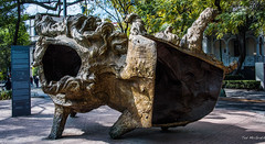 2018 - Mexico City - Roma Norte - Plaza Luis Cabrera - Javier Marin (Ted's photos - For Me & You) Tags: 2018 cdmx cityofmexico cropped mexico mexicocity nikon nikond750 nikonfx tedmcgrath tedsphotos tedsphotosmexico vignetting bronze bronzesculpture sculpture park parkscene inapark