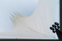 Tilted (Maerten Prins) Tags: berlijn duitsland deutschland germany berlin tempodrom white sky lines sharp shard corner pointy abstract symmetry geometry geometric symmetrical curve curves line lamp light three shine architecture triangle bright