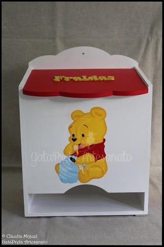 """Conjunto de quarto de bebé """"Pooh com as mãos no mel"""""""