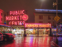 2017-12-24 - 075-078 - HDR (vmax137) Tags: 2017 washington wa seattle pike place market neon sign panasonic dmcgh3 hdr