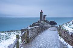 Le phare du P'tit Minou (Kambr zu) Tags: erwanach kambrzu finistère bretagne lighthouse tourism ach sea phare ciel seascape landescape poselongue plouzané petitminou merdiroise paysagesmythiques neige hiver