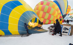 774828 (lottetoppo) Tags: olympus omd em1mark2 em1mkii 714mm airballoon snow winter