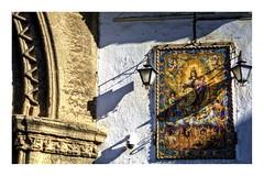 Pecadores (mgarciac1965) Tags: azulejo iglesia sevilla seville seviglia andalucía andalucia andalusia españa spain espagne arco farol farolas light city street art old nikkor nikon nikond5200