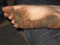 2336696090098220273weUxLn_ph (paulswentkowski1983) Tags: dirty feet soles pitch black street filthy female calloused
