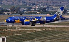 """Eurowings Airbus A320 D-ABDQ """"Europa Park"""" (Planes Spotter And Aviation Photography By DoubleD) Tags: valence valencia spain espagne vlc levc airport aeropoerto aeroport avion planes aircraft jet liner commercial german airbus a320 dabdq special livery europa park spotters spotting canon eos"""