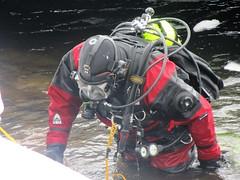 Emerging (chemsuiter) Tags: diver drysuit dockdive icedive countydiveteam