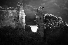 the vampire ruin (Antonio Piccialli) Tags: 2018 explored explore elaborazione flickrclickx flickr fluidrexplored fluidr canoneos60d campania canon cilento castellabate puntatresino blackandwhite bianconero bwartaward blackwhite bn bw twilight