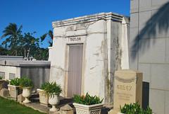 Key West (Florida) Trip 2017 0172Ri 4x6 (edgarandron - Busy!) Tags: florida keys floridakeys keywest cemetery cemeteries keywestcemetery