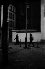 à la frontière de la nuit (hugobny) Tags: ilford pan 400 200iso pentaxp30 helios 44m 58mm f2 argentique analogue analog analogique caffenol cl street strasbourg à la frontière de nuit film black white