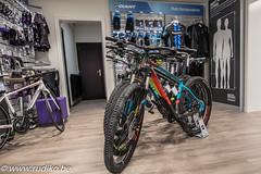 Resibike Giantstore--14 (Rudi Kockelbergh) Tags: giant resibike fiets fietsen fietsenwinkel