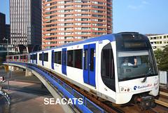 Rotterdam Elektrische tram (RET) Metrotype R Bombardier Flexity Swift RSG3 5519 (Randstadrail) @ metrostation Rijnhaven (Seacats) Tags: ret rotterdam metro rijnhaven bombardier flexity