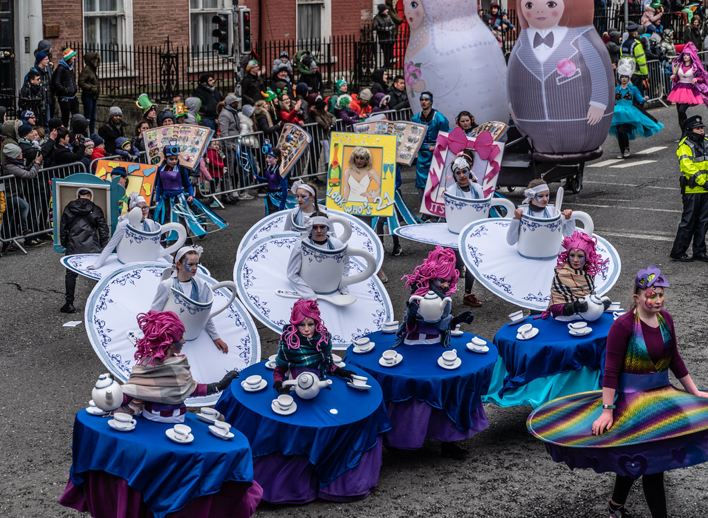 ARTASTIC - TICK TOCK OF THE FAMILY CLOCK [DUBLIN PARADE 17 MARCH 2018]-137697