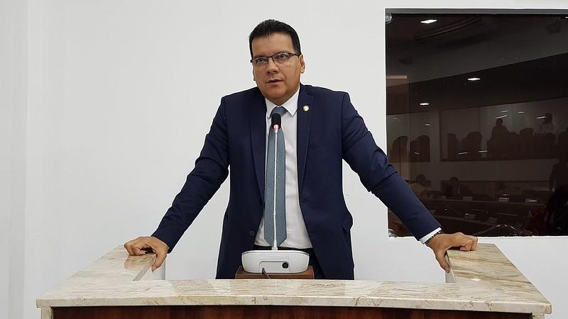 Vereador Ésio Feitosa (PPL)