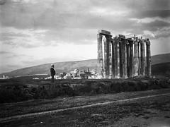 Στήλοι του Ολυμπίου Διός (Giannis Giannakitsas) Tags: athens athen athenes greece grece griechenland στηλοι ολυμπιου διοσ ολυμπιειο