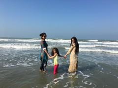 Simi, Esme, and Sadia looking around (olive witch) Tags: 2017 abeerhoque bangladesh bd coxsbazar day dec17 december fem group kid outdoors sea