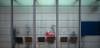 sunday morning contours (Toni_V) Tags: m2406701 rangefinder digitalrangefinder messsucher leica leicam mp 35mmf14asph 35lux 35mmf14asphfle typ240 type240 summiluxm vbz haltestelle zurich zürich street city stadt urban dof bokeh bahnhofenge sundaymorningphototour switzerland schweiz suisse svizzera svizra europe ©toniv 2018 180304