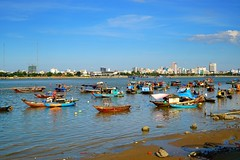 Life on boats, Han River, Da Nang, Vietnam (adamba100) Tags: asia asian china chinese korea korean mongolia mongolian vietnam vietnamese thai beijing town city view landscape cityscape street life lifestyle style people human person man men woman women male female girl boy child children kid interesting portrait innocent cute charm pretty beauty beautiful innocence play face headshot pure purity tourism sightseeing tourist travel trip light color colour outdoor traditional cambodia cambodian phnom penh sony a6300 18105 siem reap pattaya bangkok field gate architecture tree building