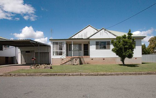 11 Harriett Street, Singleton NSW