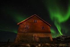 Cabin with aurora (Rudi Verspoor) Tags: aurora borealis northernlights night sky cabin norway february winter exploring green stars nightsky cold snow lofoten travel longexposure wideangle nikon 1020mm d7200