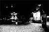 fi_021 (la_imagen) Tags: türkei turkey türkiye turquía istanbul istanbullovers ortaköy fotoistanbul sw bw blackandwhite siyahbeyaz monochrome street streetandsituation sokak streetlife streetphotography strasenfotografieistkeinverbrechen menschen people insan night nacht gece