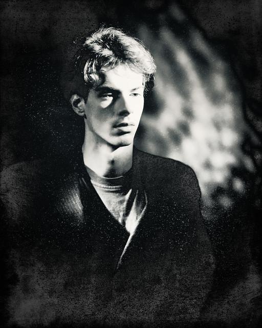 Analog Archive: Markus Reschtnefki, 80s, 8/10 Polaroid