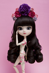 Flower (Pullip White Snow) (Zatannilla) Tags: pullip pullips pretty pink planning flower flor sweet snow white blackhair nude groove curly tattoo pullipwhitesnow cute kawaii kekas keka