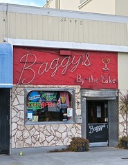 Baggy's By the Lake, Oakland, CA (Robby Virus) Tags: oakland california bay area east neon sign signage bar tavern pub booze boozer alcohol cocktails beer wine