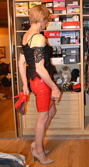 DSC_0012r (magda-liebe) Tags: travesti tgirl stockings crossdresser highheels shoes vinyl french