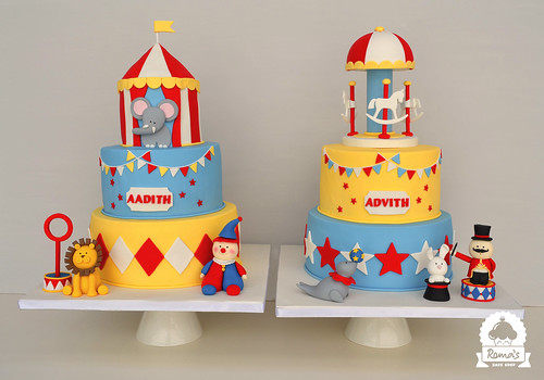 Carnival twin cakes