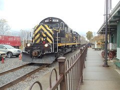 DSC01743 (mistersnoozer) Tags: lal shortline railroad rgvrm excursion train alco rs36 c425 locomotive