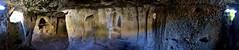 Cavità 130a (Colombaie) Tags: puglia taranto tarantino massafra gravina galitro santamariadellascala abitato rupestre cavità ipogei grotte complesso artificiali medioevo ricognizione archeologia topografia panoramica ambienti fasi abitazioni rupestri comunicanti fovea strumento escavazione punta lama piatta finestre camino cucina lettiera irragiungibili arrampicarsi scalare salire pedalore scalini consunti bassomedioevo flickraward