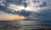 2017-07a-F1420 copia (Fotgrafo-robby25) Tags: alicante costablanca fujifilmxt2 marmediterráneo nubes rayosdesol torredelahoradada