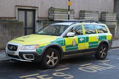 LX11 AEP (JKEmergencyPics) Tags: las london ambulance service volvo xc70 joint response unit hq rapid vehicle single responder police headquarters waterloo