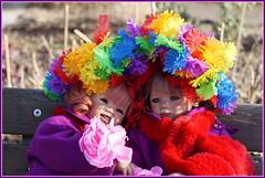 Sanrike und Milina ... der Frühling kommt ... (Kindergartenkinder) Tags: kindergartenkinder annette himstedt dolls gruga grugapark essen milina sanrike