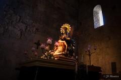 Monasterio de Sant Pere Besalu Girona (jlmontes) Tags: semanasanta medieval spain imagen iglesia monasterio religion samyang14mm catalonia catalunya girona besalu nikond3100