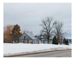 hébertville (Mériol Lehmann) Tags: vscofilm landscape winter decay house snow farm canada rural quebec barn topographies hébertville québec ca
