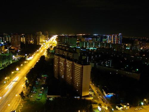 Вид с 30 этажа гостиницы ночью ©  ayampolsky
