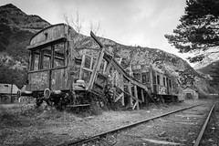 CANFRANC (_Pablete_) Tags: train rail bw