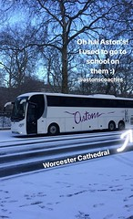 YT62JBZ Astons Coaches Worcester London In the Snow (<3 Astons Coaches) Tags: astons coaches worcester scania omni express