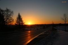 001092 Morning sky (modekopp) Tags: canoneossonne sunrise fotoscanon fotocanon pikturecanon colorfulsunrise sunset sundown sonnenuntergang sunrisemeadow burningsky fireinthesky